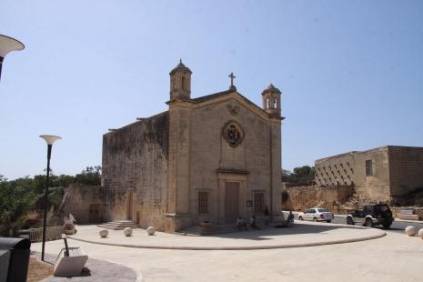 Kappella Ta San Mattew - Maqluba