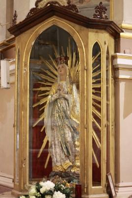 Statwa ta Lourdes Nicca